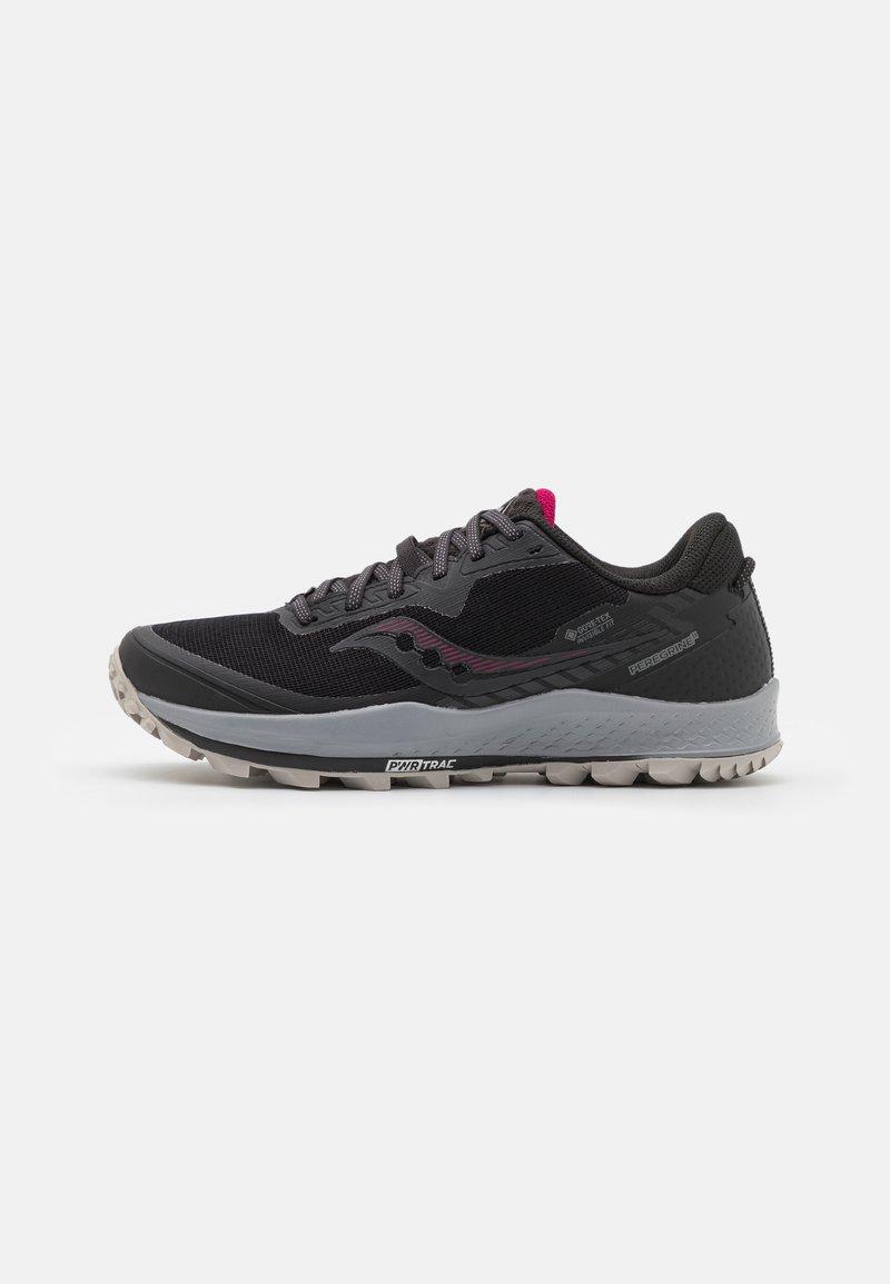 Saucony - PEREGRINE 11 GTX - Běžecké boty do terénu - black/cherry