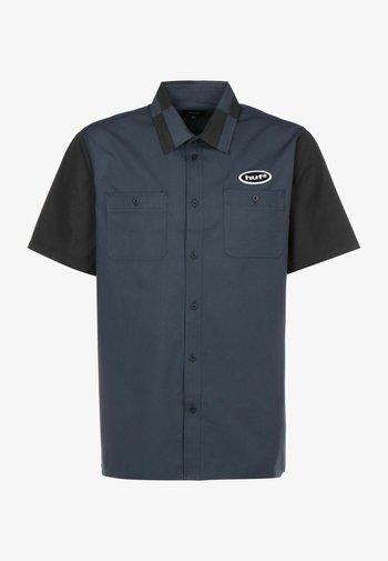 Link  - Shirt - navy blazer