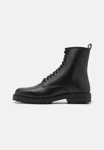SEAN TALL LACE UP BOOT