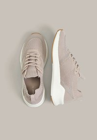 OYSHO - WITH TRANSLUCENT DETAIL - Trainers - rose - 2