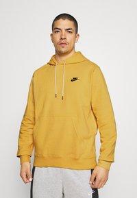 Nike Sportswear - HOODIE - Hættetrøjer - solar flare/smoke grey - 0
