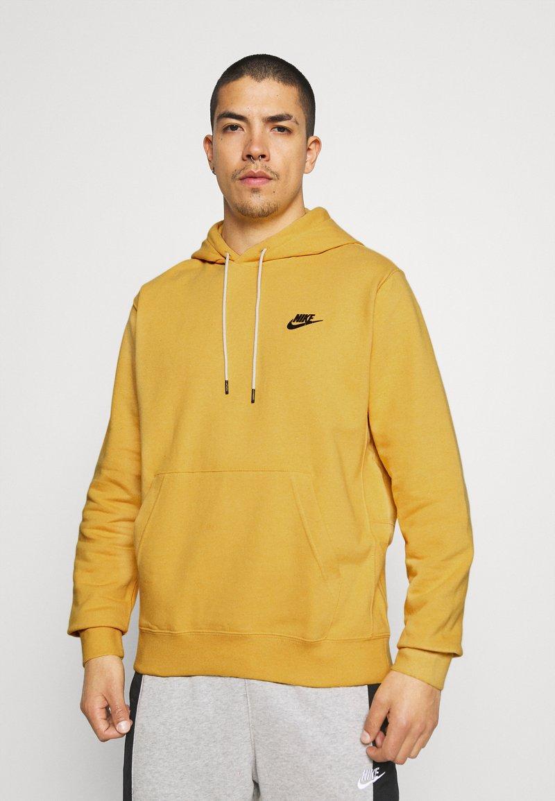 Nike Sportswear - HOODIE - Hættetrøjer - solar flare/smoke grey