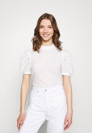 PCGLORIA - T-shirt con stampa - cloud dancer