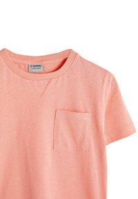 LC Waikiki - T-shirt basic - coral - 2