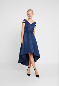 Chi Chi London - AMOUR DRESS - Ballkjole - navy - 2