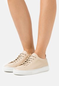 By Malene Birger - EXCLUSIVE SANDIE - Trainers - tan - 0