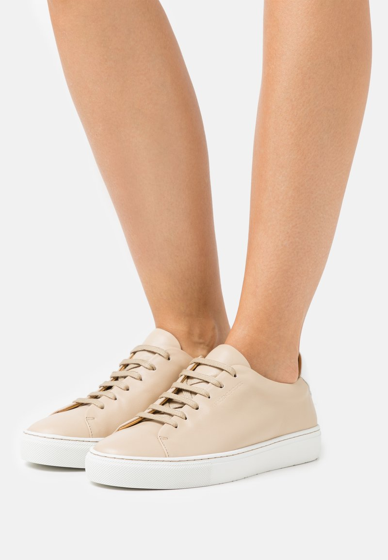 By Malene Birger - EXCLUSIVE SANDIE - Trainers - tan