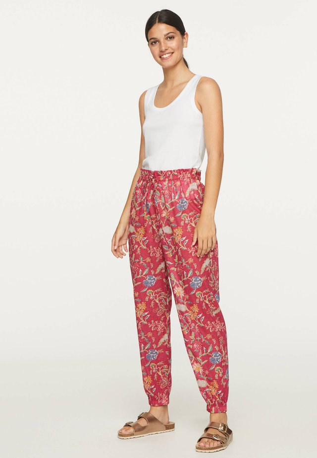 CORAL INDIAN FLORAL COTTON TROUSERS - Trousers - red