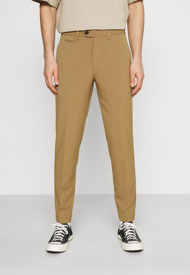 CLUB PANTS - Kalhoty - light brown