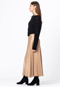HALLHUBER - Pleated skirt - camel - 1