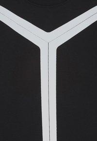 Automobili Lamborghini Kidswear - REFLECTIVE - Triko spotiskem - black pegaso - 2