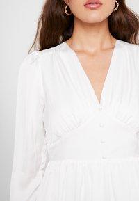 YAS - YASSUMA DRESS - Denní šaty - star white - 5
