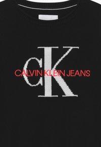 Calvin Klein Jeans - MONOGRAM - Svetr - black - 3