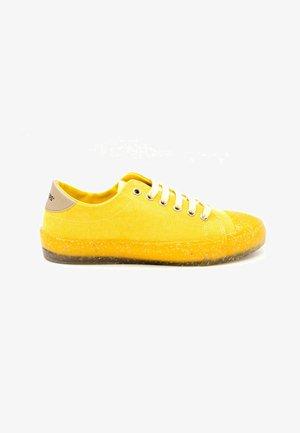 CAMDEN  - Zapatillas - yellow
