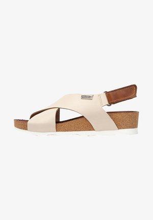 Wedge sandals - marfil