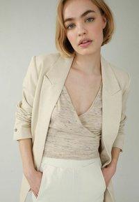 Pimkie - Short coat - beige - 3