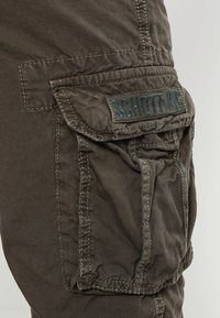 Schott - BATTLE - Shorts - olive - 5