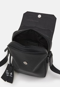 Emporio Armani - MESSENGER BAG UNISEX - Taška spříčným popruhem - black - 3