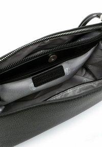 Emily & Noah - Käsilaukku - black - 5