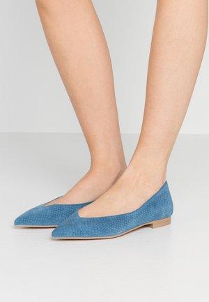 AMÉDÉE  - Ballet pumps - vintage blue/natural
