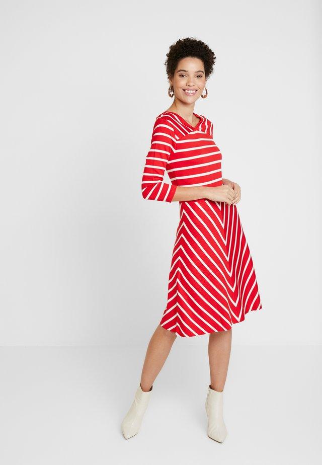 STRIPED DRESS - Jersey dress - bright red