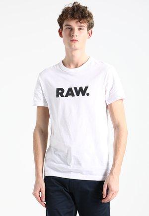 HOLORN - Camiseta estampada - white