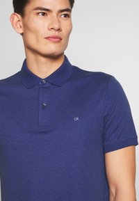 Calvin Klein Tailored - SOFT INTERLOCK SLIM - Poloshirt - blue - 5