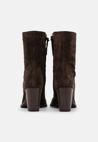 CLOSED - ROSEMARY - Classic ankle boots - cold hazel - 3