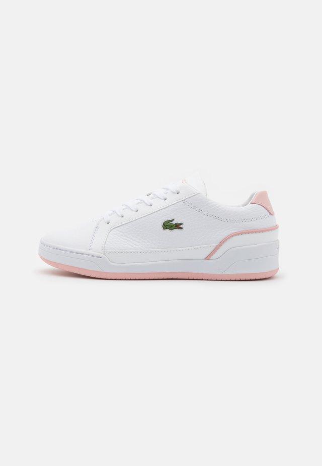 CHALLENGE - Sneaker low - white/light pink