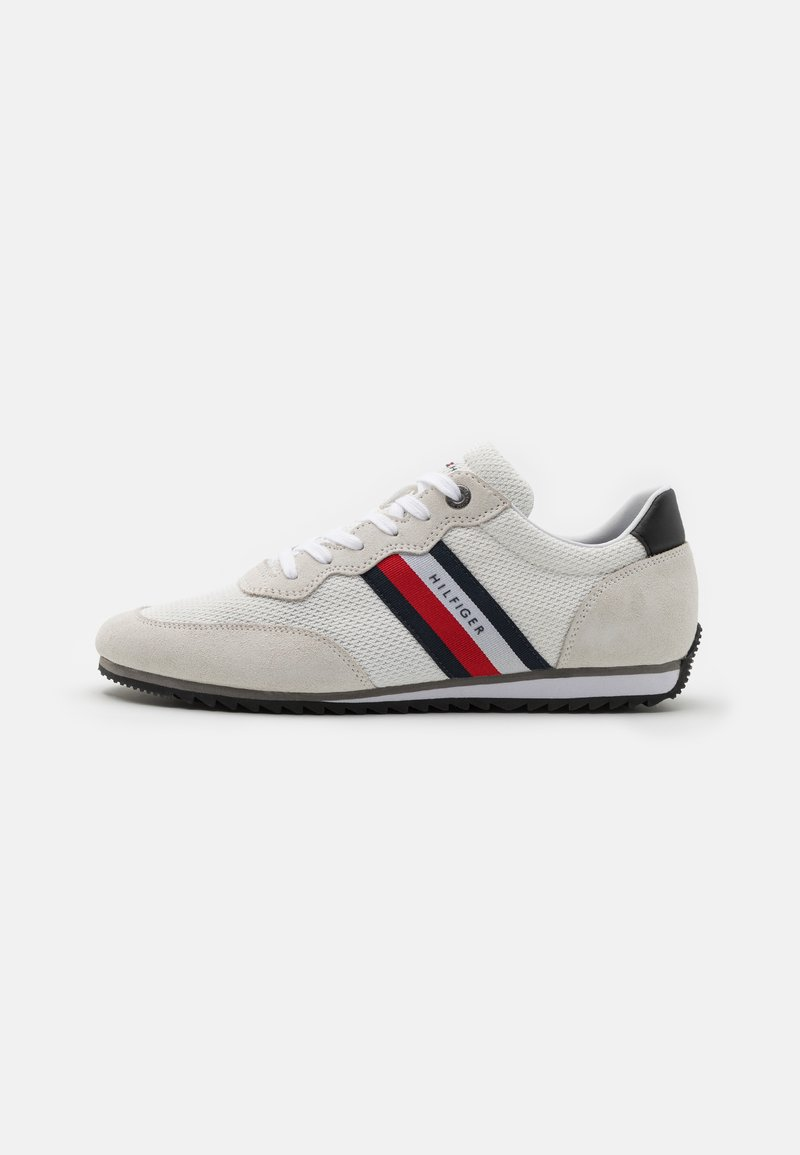 Tommy Hilfiger - ESSENTIAL RUNNER - Trainers - white