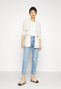 Gina Tricot - DAGNY HIGHWAIST - Jeans relaxed fit - blue - 1