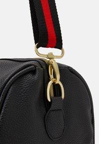 SIKSILK - HOLDALL - Weekend bag - black - 4