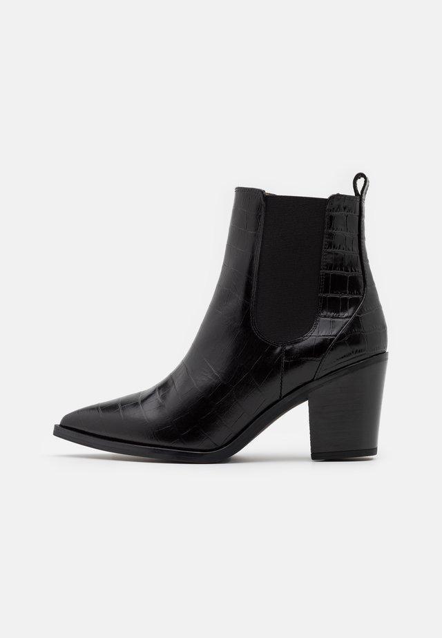 MANILA - Korte laarzen - black