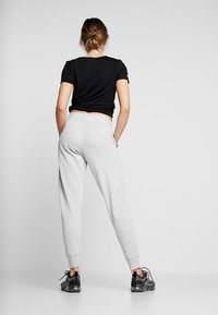 Cotton On Body - GYM TRACKPANT - Tracksuit bottoms - cloudy grey marle - 2