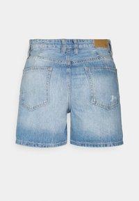 edc by Esprit - Szorty jeansowe - blue light wash - 1