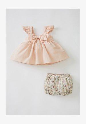 SET - Day dress - pink