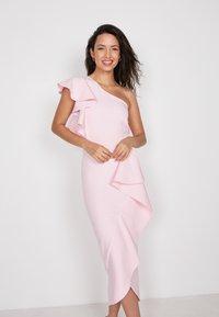 True Violet - Cocktail dress / Party dress - pink - 0