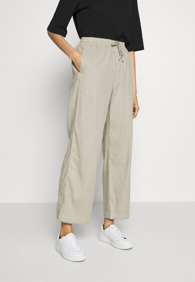 Filippa K - HAYLEY TROUSER - Trousers - grey/beige