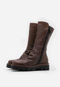 lilimill - ASTRID - Platform boots - sidney brown - 2