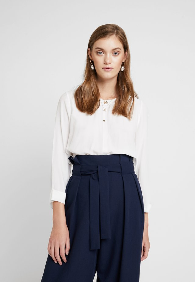 BLOUSE WITH COLLAR - Blouse - pearl white