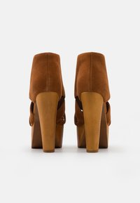 Jeffrey Campbell - FORD - Lace-up ankle boots - tan - 3