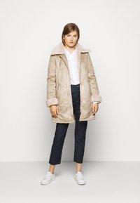 Lauren Ralph Lauren - Zimní kabát - camel - 1