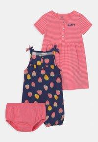 Carter's - STRAWBERRY SET - Jumpsuit - pink/multi-coloured - 0