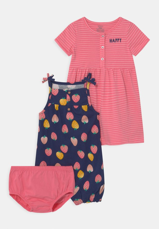 STRAWBERRY SET - Mono - pink/multi-coloured