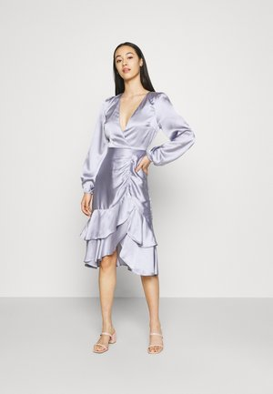 EYES ON ME RUCHED DRESS - Robe de soirée - dusty blue