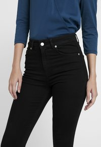 NA-KD - HIGH WAIST - Jeans Skinny Fit - black - 3