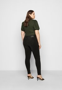 Pieces Curve - PCZENIA - Jeansy Skinny Fit - black - 2