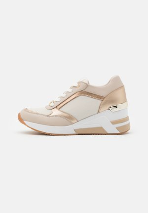 High-top trainers - beige