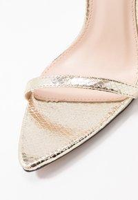 BEBO - AIVY - Sandaler med høye hæler - gold metallic - 2