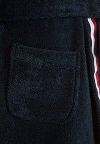 Tommy Hilfiger - BATHROBE - Dressing gown - blue - 2